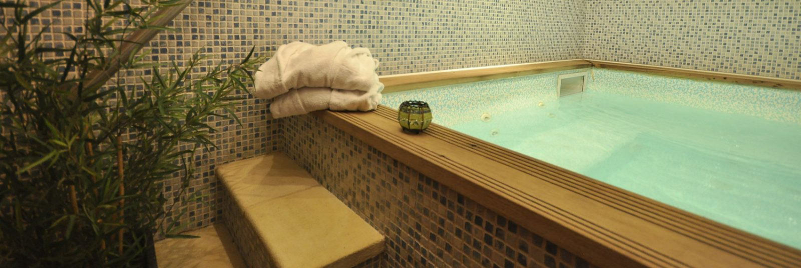 Spa Jacuzzi à l'Hôtel Aigliere, Puy Saint Vincent
