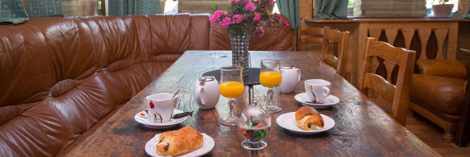 Hotel petit déjeuner Hautes Alpes
